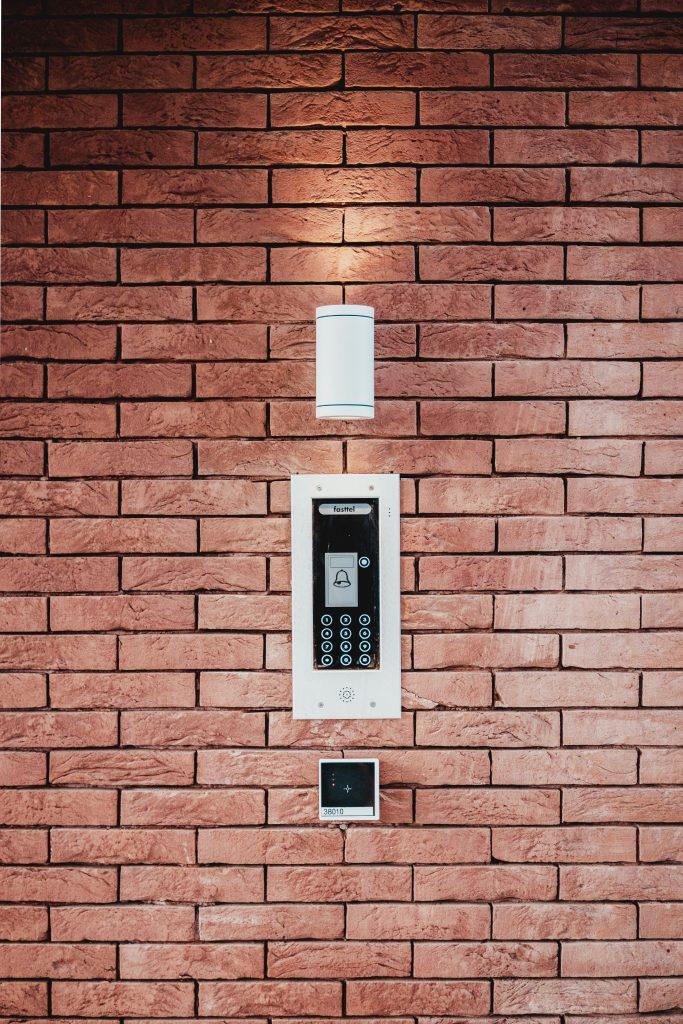 Security alarm features